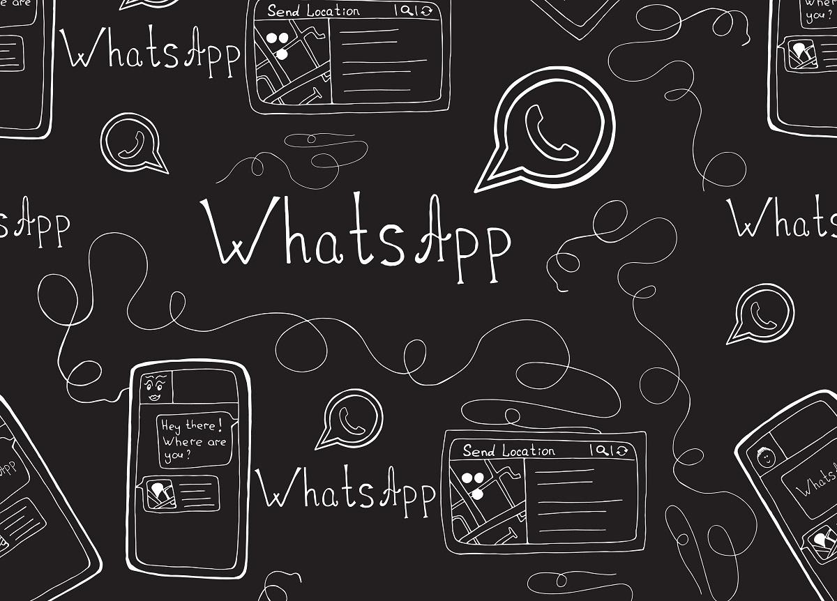 Logo, nome e celular com o aplicativo WhatsApp