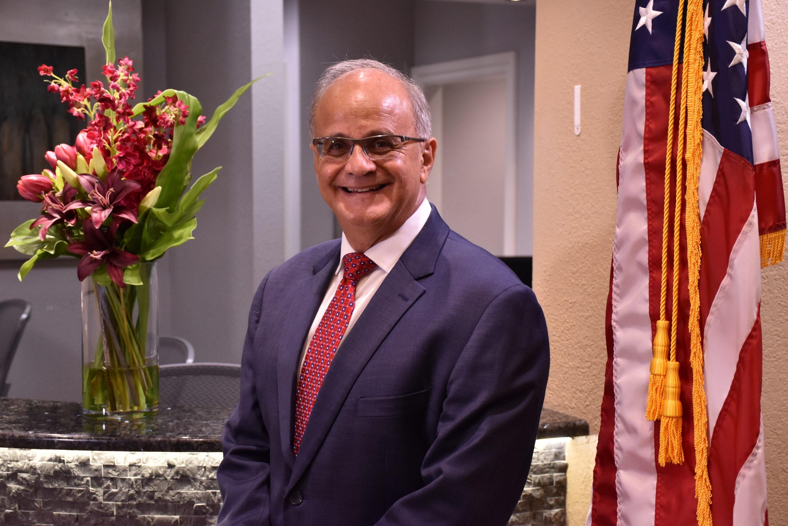 Dr Michael A Pikos
