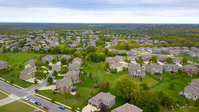 Why Buying A Home In An Adjacent Area To The Best Neighborhood Is A Wise Strategy | HFG Tips