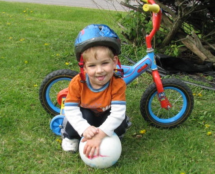 Henry has Cerebal Palsy and Right Sided Hemiparesis due to an in-utero stroke