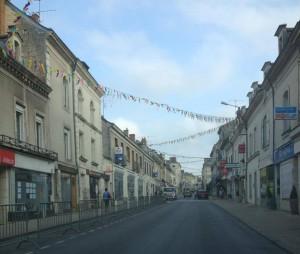 Le centre-ville de Baugé, tôt ce matin avant le passage des coureurs du Tour de France