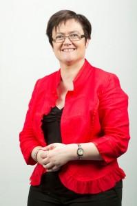 Silvia Camara-Tombini, responsable de la section locale d'Angers du PS et conseillère municipale du groupe Aimer Angers