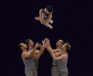 Event Chorégraphie Merce Cunningham Adaptation Robert Swinston CNDC Angers - 2014 Credit Jef Rabillon