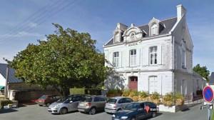La Mairie de Noyant-La-PLaine
