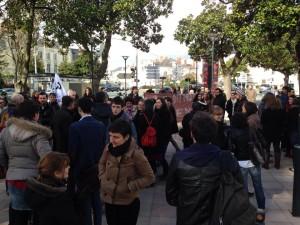 Environ 150 personnes étaient mobilisés ce matin devant l'UCO