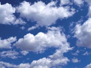 Souvent bien nuageux.