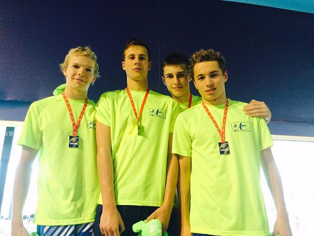 Les nageurs du lycée Sainte-Agnès d'Angers ont brillé aux  derniers championnats de France UGSEL de natation à Dunkerque les 30 et 31 mars derniers.