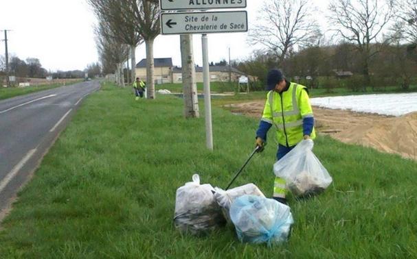 Plus de 20 tonnes de déchets sur les routes départementales