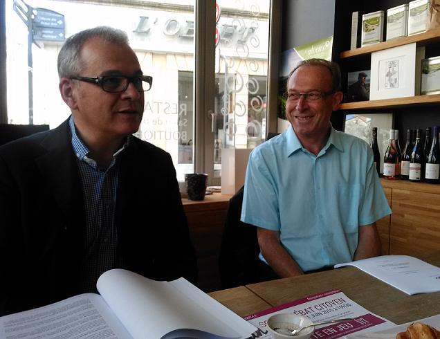 Claude Eas et jean-Luc Rotureau présentant ce matin le débat sur l'alimentation qui aura lieu le 11 juin prochain.