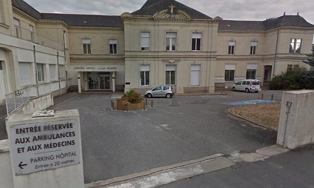 Hôpital de Longué-Jumelles.Le Département attentif à la situation