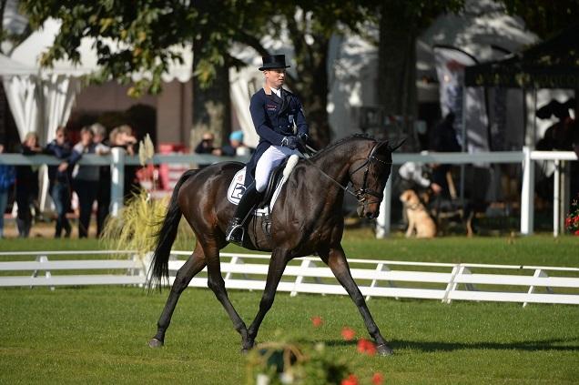 Crédit ©Les Garennes -  Le français Stanislas de Zuchowicz avec Vingt Vingt a pris la tête du classement provisoire dans le Championnat du Monde des chevaux de 6 ans.