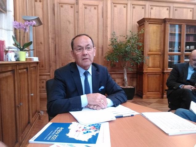 Maine-et-Loire. Christian Gillet n'exclut pas une hausse des taux d'imposition.
