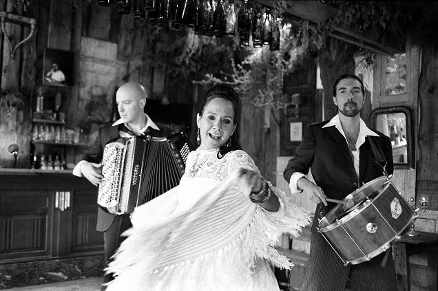 Credit Isabelle Vaillant - Ce soir BEL AIR DE FORRO au Château d'Angers dans le cadre du Festival Tempo Rives.