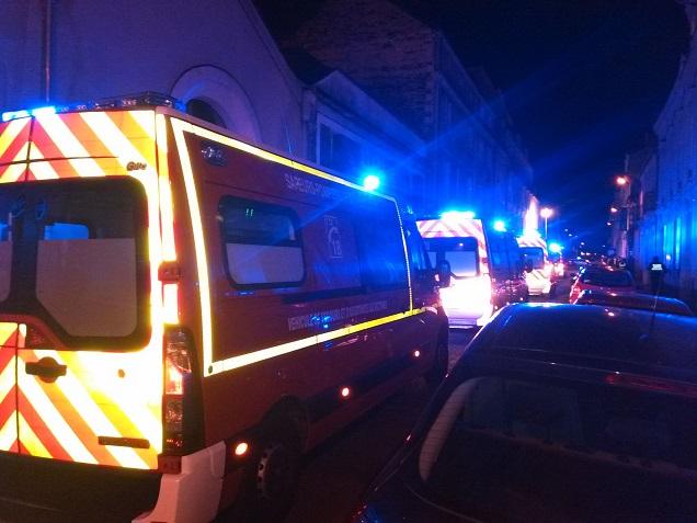 Credit AM - Accident de la rue Maillé à Angers: installation de la cellule de soutien psychologique aux Greniers Saint-Jean