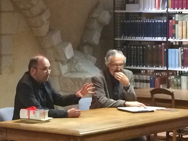 DR - Emmanuel ROCHE, lauréat 2016, accompagné de Joël GLAZIOU, organisateur du Prix de la Nouvelle d'Angers.
