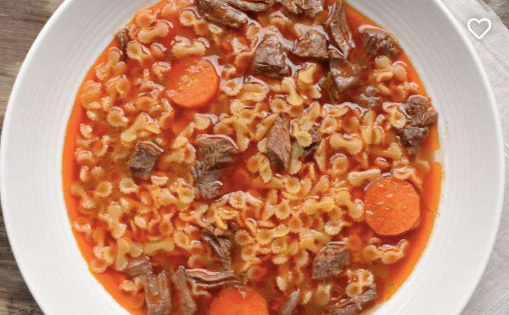 Brodo-di-carne-with-Farfalline