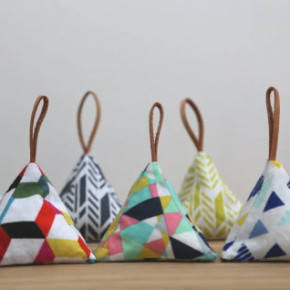 Lavender triangle sachets