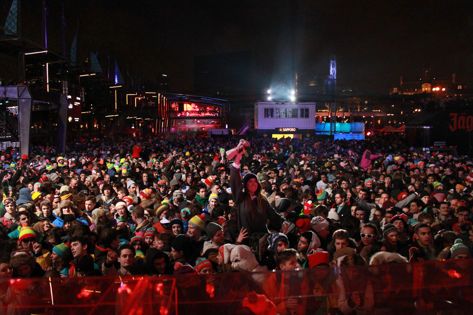 Igloofest Jan 18 Crowd. Photo Liliane Hudecova.