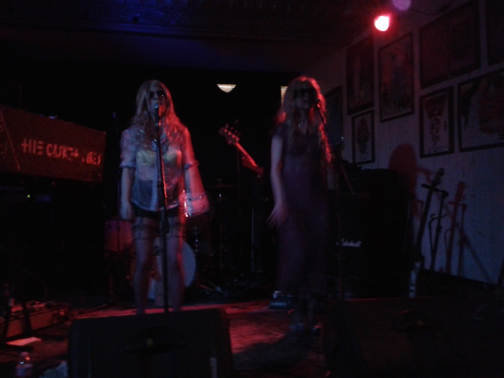 The Casket Girls at Casa del Popolo. Photo Nina Chabel.