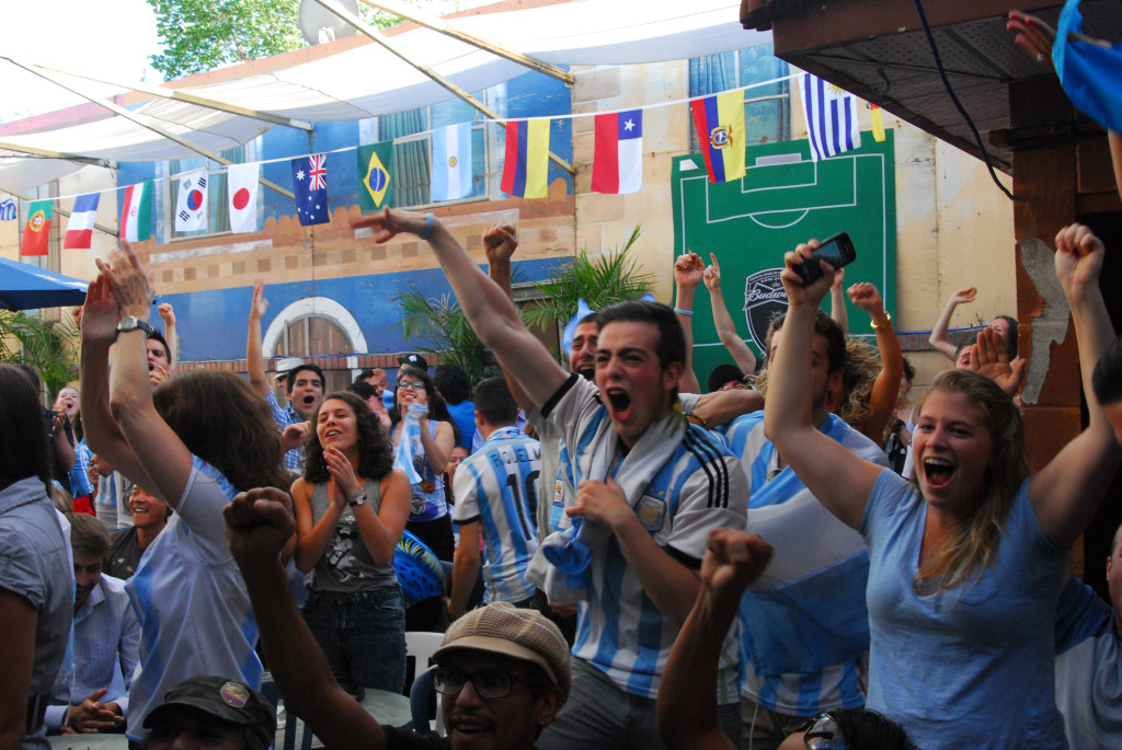 Argentina vs. Netherlands. World Cup. Cafe Frappe. Photo German Silva.