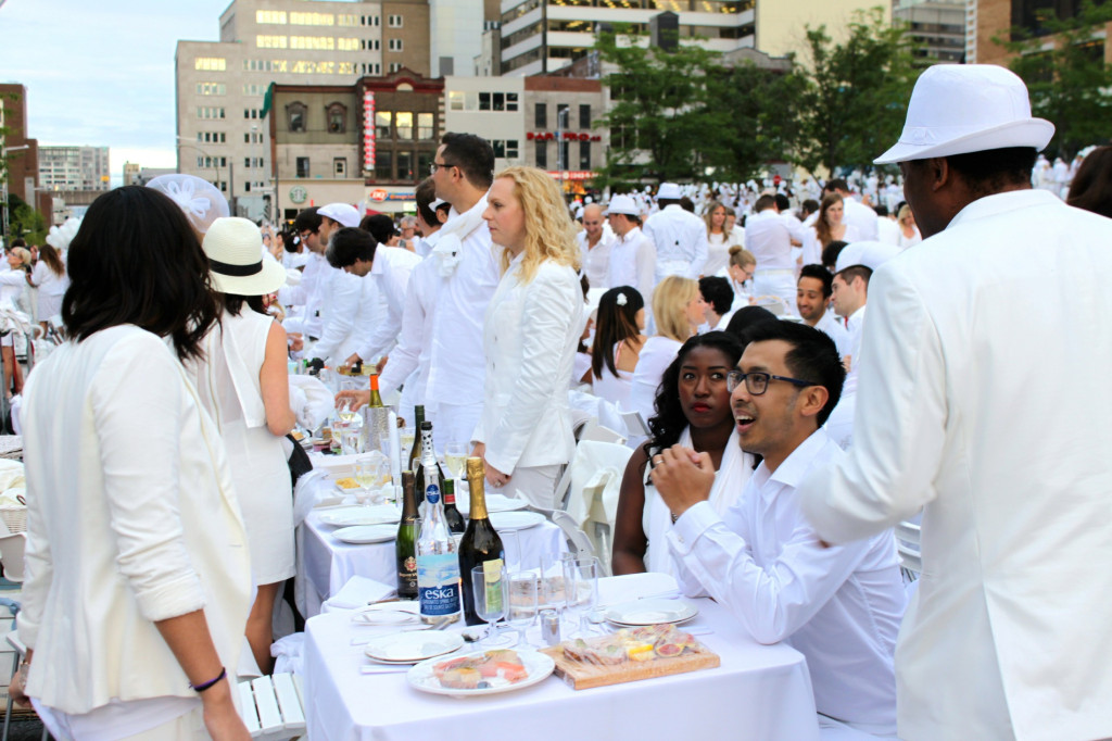 Diner en Blanc 2014. Photo by Annie Shreeve