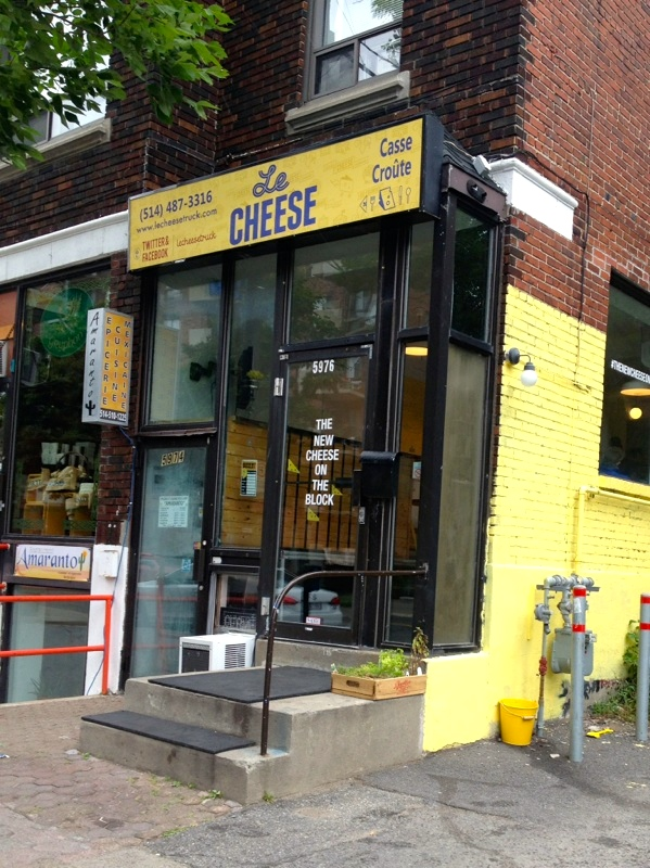 Le Cheese, Monkland Ave. Photo by Ken Gaucher