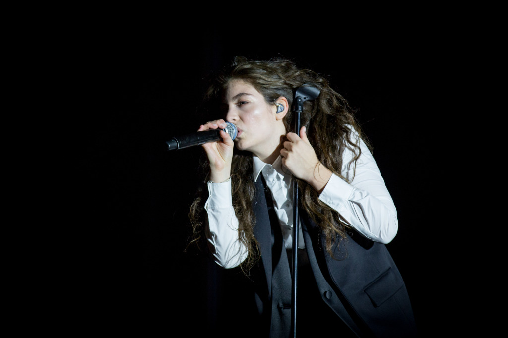 Lorde live at the Ottawa Folk Festival on Thursday, Sept. 11, 2014.  The Ottawa Folk Festival is one of the most popular music events in Canada's capital.  Ottawa Folk Festival Press Images Photo by Mark Horton