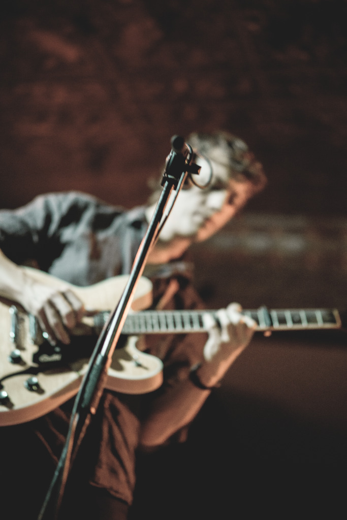 Steve Gunn. Photo by Kata Mada