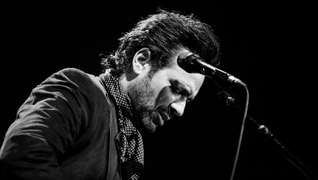 Adam Cohen. M for Montreal. Photo Bruno Destombes