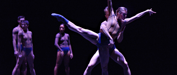 AURA. Danse Danse. Photo © Michael Slobodian. Dancers Alexis Fletcher, Peter Smida and Ballet BC artists