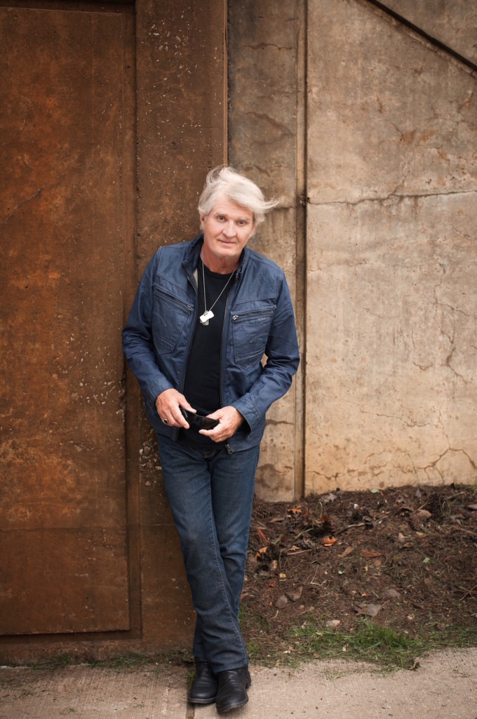 Tom Cochrane (Dustin Rabin Photography)