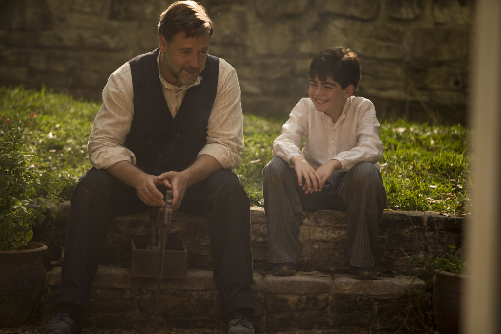 Russell Crowe (Joshua Connor) and Dylan Georgiades (Orhan)