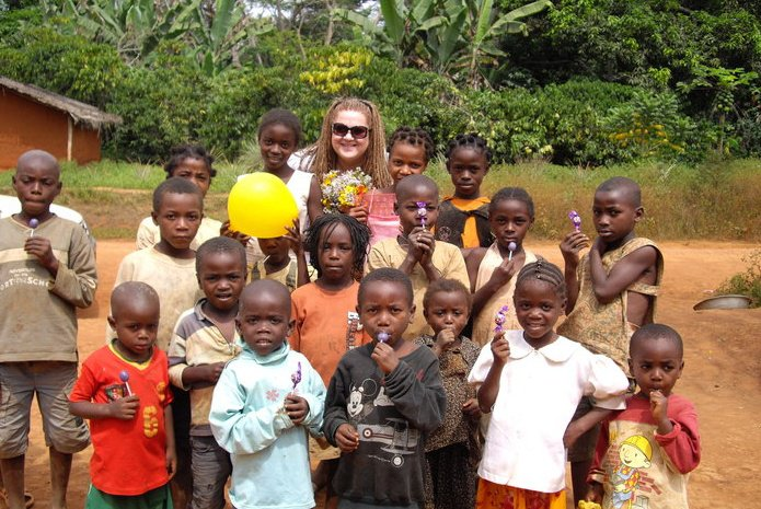 Tamara and children in Ngombe