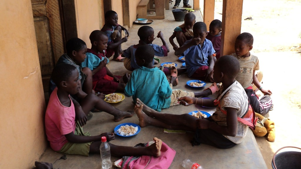 Lunchtime! The Okala Foundation has hired local women to prepare hot meals for 400 children