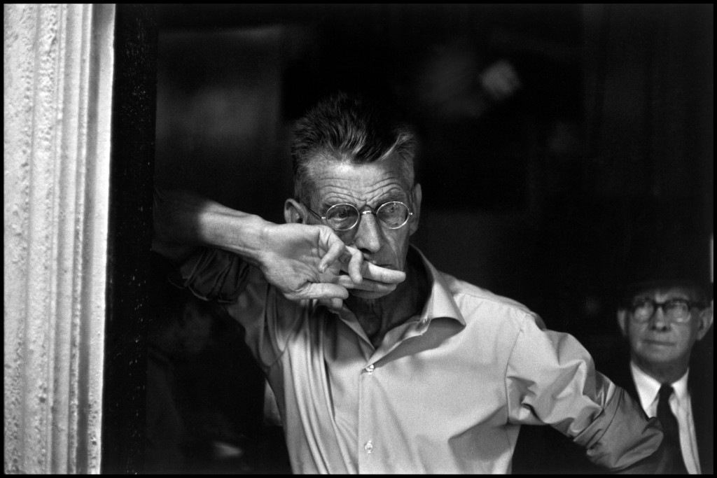 "Samuel Beckett in a rehearsal for ""Waiting for Godot"", 1964. Photo credit: Bruce Davidson / Magnum Photos"