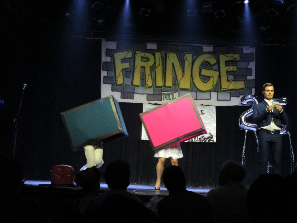 Les 2 voyageurs clandestins. Fringe for All. Photo Rachel Levine