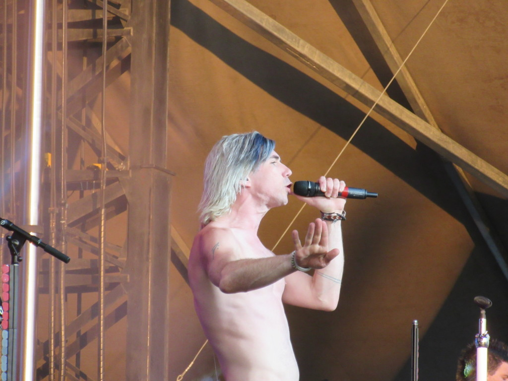 Mariana's Trench at Ottawa Bluesfest 2015. Photo by Robyn Homeniuk
