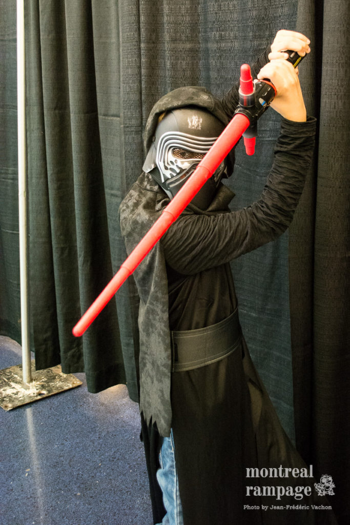 Kylo Ren Cosplayer