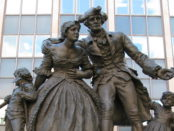 Memorial to the Loyalists in Hamilton, Ontario. Photo credit: Saforrest/Wikimedia Commons.