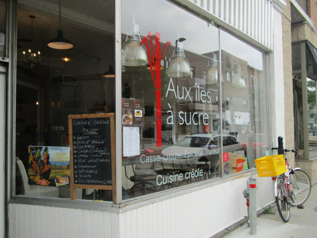 Aux ILes a Sucre. Creole Cuisine. Rue Mt. Royal. Photo Rachel LEvine