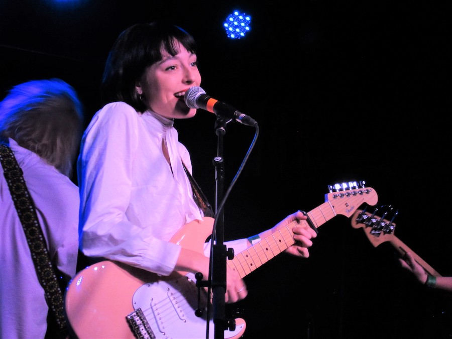 Stella Donnelly performance reviewed.