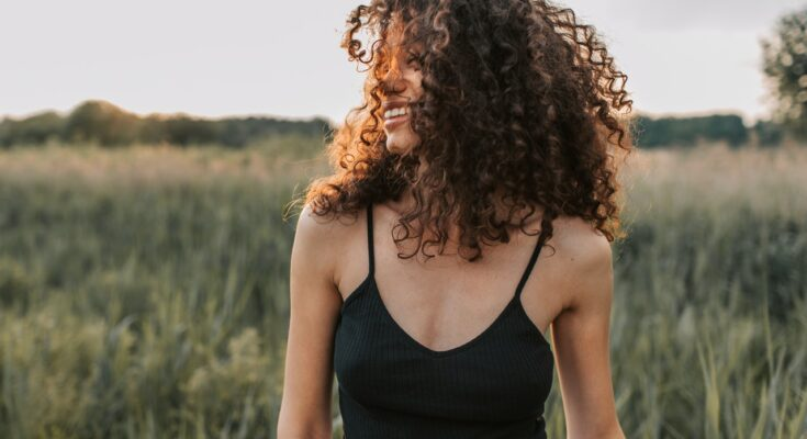 How to Move Past Trauma and Heal Emotional Wounds