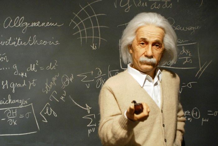 Einstein say ghosts exist