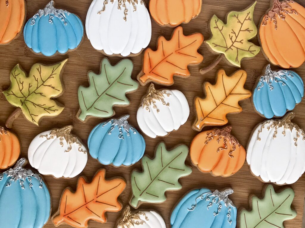 Fall leaf and pumpkin cookies
