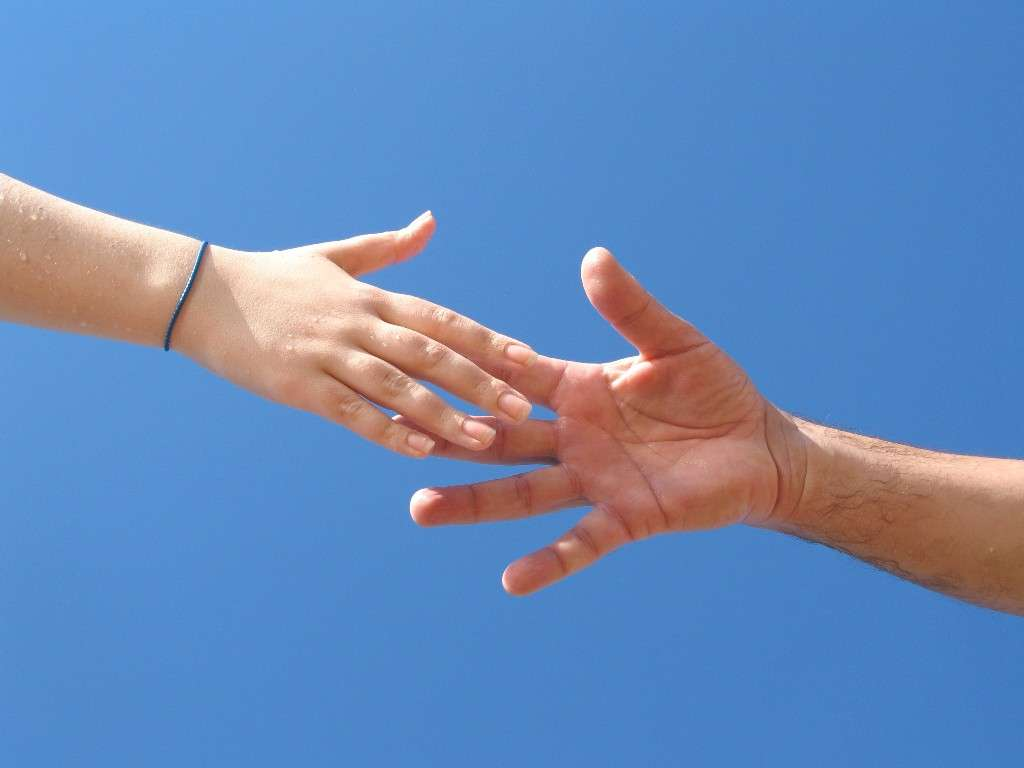helping-hand-wallpaper-1