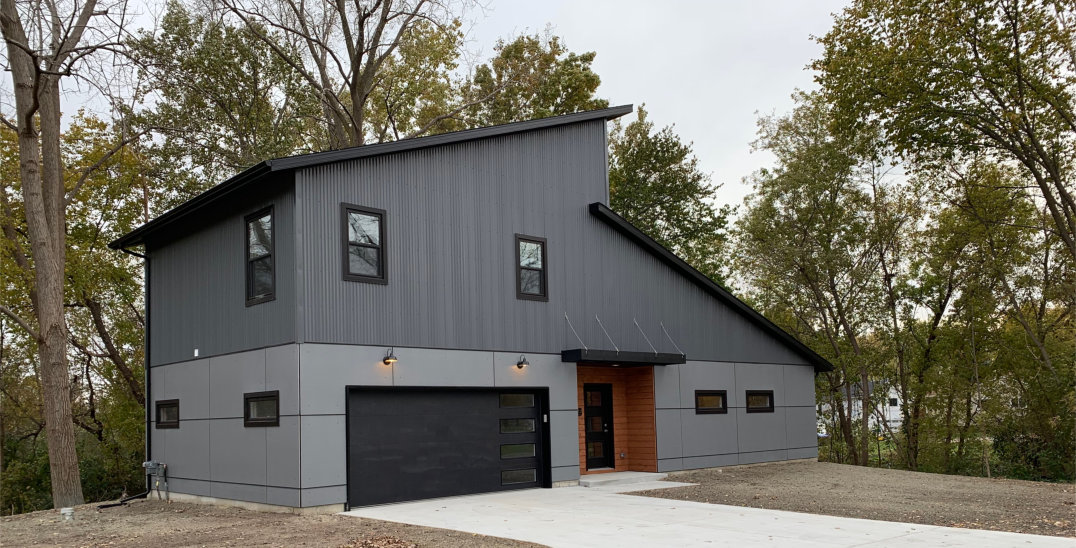 Rolston_W_2_Contemporary Home Construction