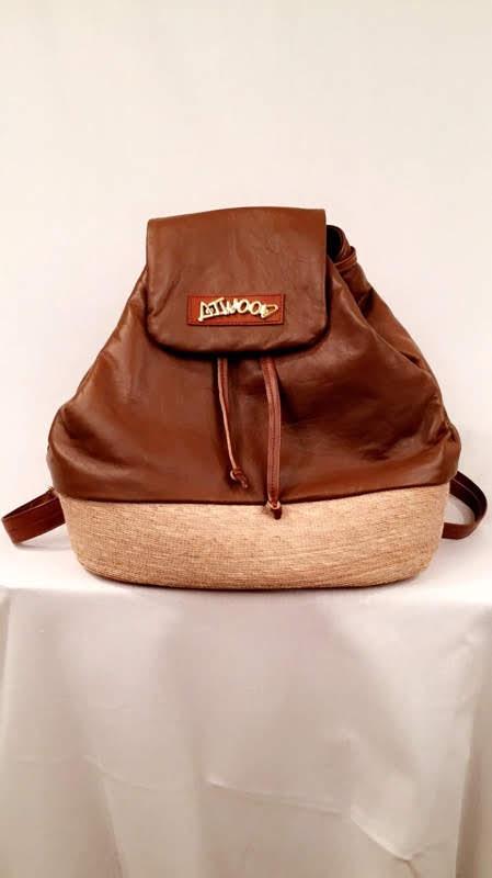 Trisha - Caramel - Womens leather purse - Atwood Purse