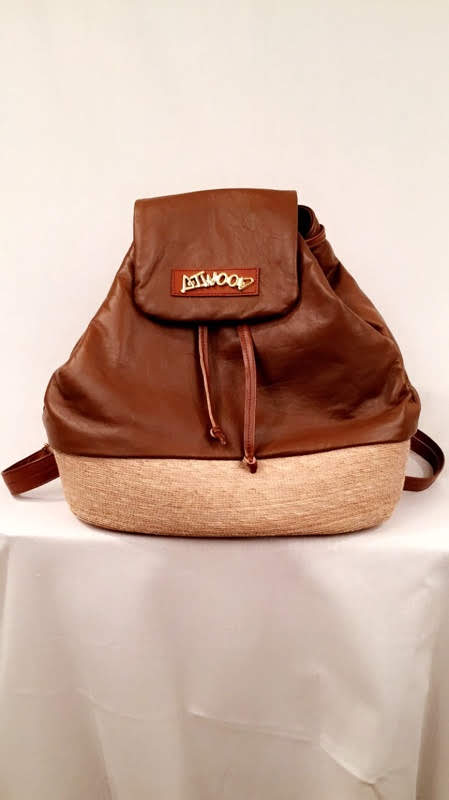 Trisha - Caramel - Womens leather purse - Atwood Purse