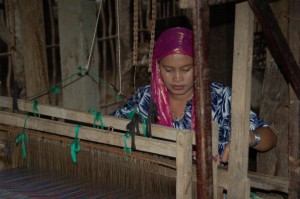 Cham muslim weaving