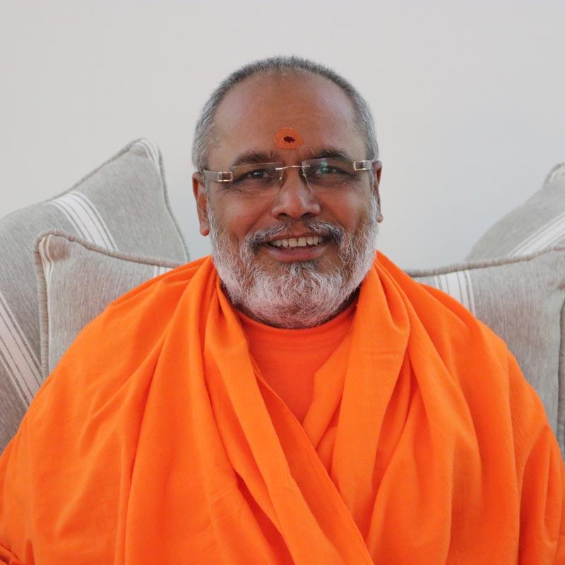 Pujya Swami Paramatmananda Saraswati